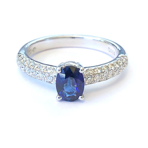 OVAL BLUE SAPPHIRE & PAVE DIAMOND RING