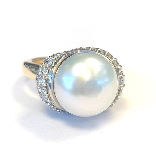 13MM SOUTH SEA PEARL & DIAMOND RING
