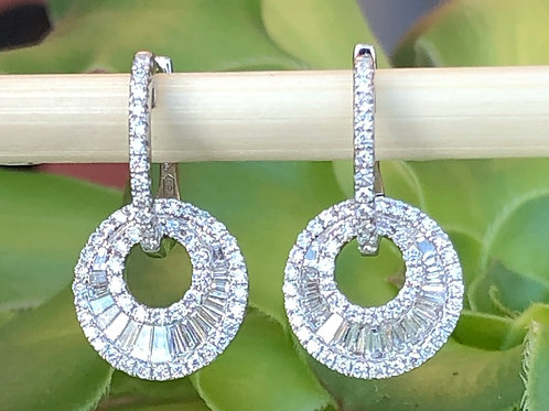 0.88CT. STUNNING BAGUETTE & ROUND DIAMOND EARRINGS