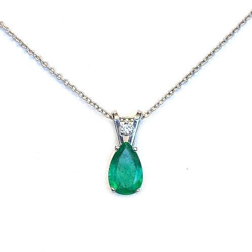0.61CT. GREEN EMERALD TEARDROP PEAR SHAPE PENDANT WITH DIAMOND