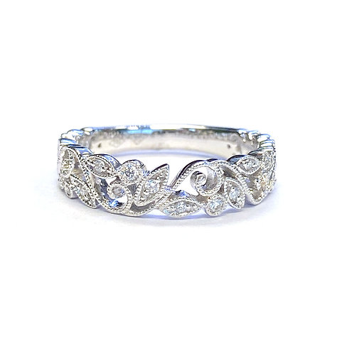 FLORAL STYLE DIAMOND BAND