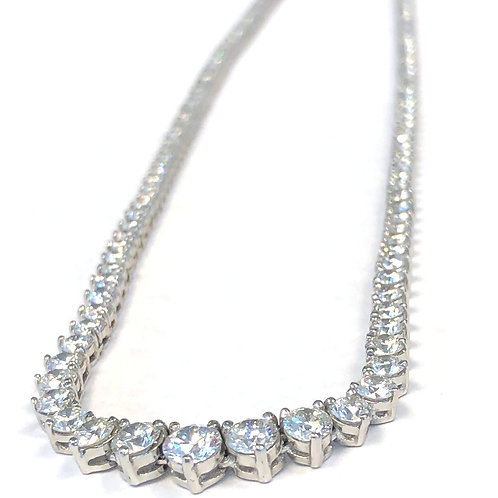 12.51CT. PLAT CLASSIC GRADUATED DIAMOND TENNIS NECKLACE