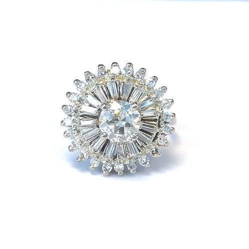 SUNBURST DIAMOND & 14KT WHITE GOLD RING