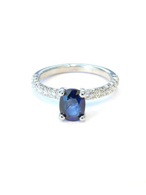 OVAL BLUE SAPPHIRE & DIAMOND PLATINUM RING