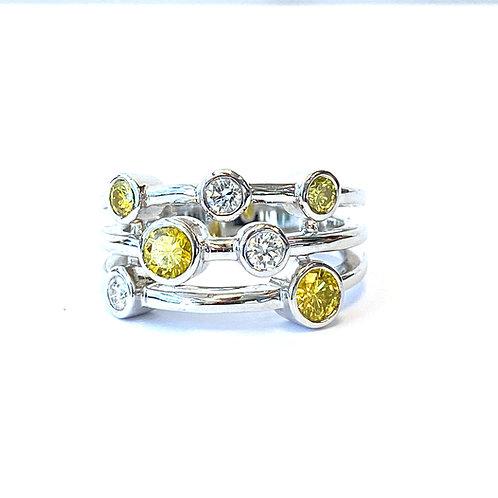 BEZEL STYLE DIAMOND RIGHT HAND RING