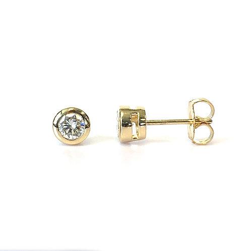 0.50CTTW. CLASSIC BEZEL DIAMOND STUD EARRINGS 14KTYG