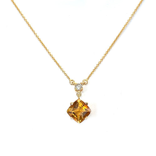 1.46CT. CUSHION CUT CITRINE & DIAMOND NECKLACE