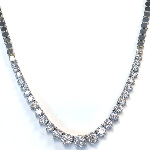 5.44CT. GRADUATED DIAMOND TENNIS NECKLACE