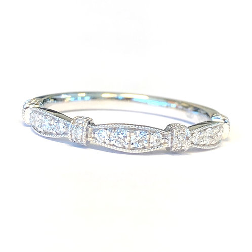 ART DECO STYLE DIAMOND ANNIVERSARY BAND