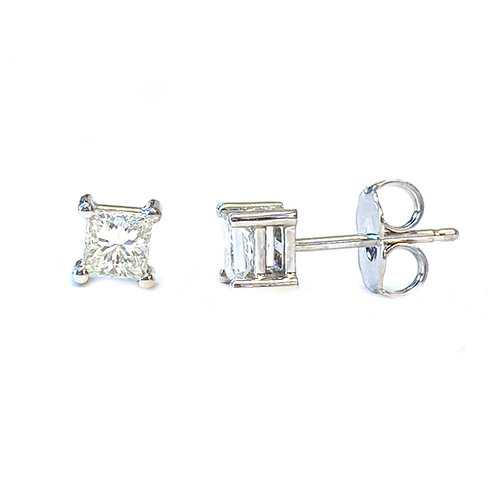 0.45CT. PRINCESS CUT DIAMOND STUD EARRINGS