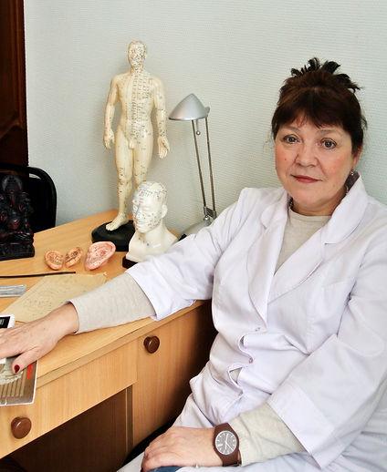 Зайцева Ирина Геннадьевна, специалист по иглоукалыванию, доктор иглоукалывания, иглоукалывание Омск, чжень-цзю омск