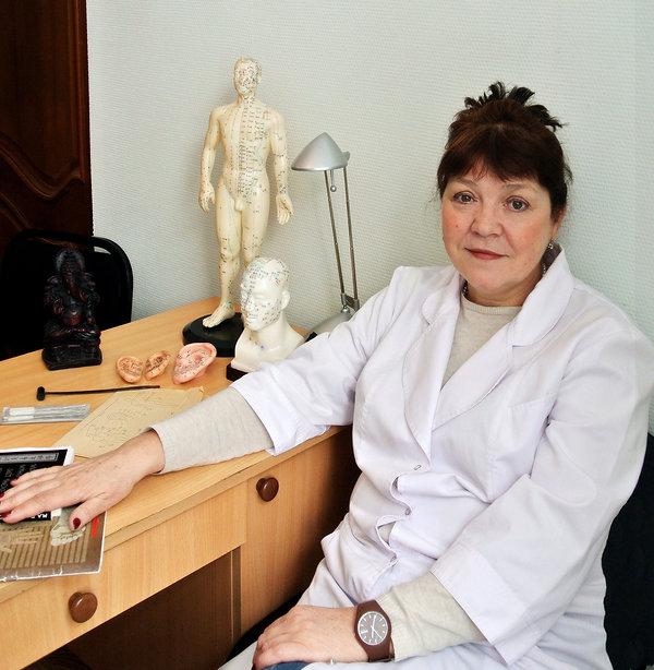 Зайцева Ирина Геннадьевна, специалист по иглоукалыванию, иглоукалывание Омск, чжень-цзю омск