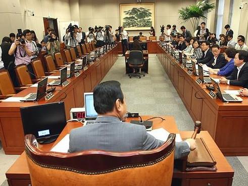 국회 운영위, 공무원연금 개혁 '국민대타협기구' 의결