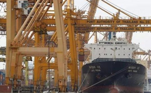 한국 수출, 반도체 업고 수직상승