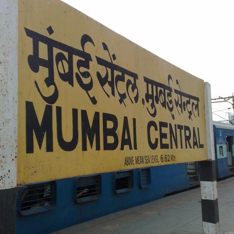 mumbai central 5min walking