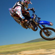 PRE-RIDE CHECKLIST- 11 THINGS TO INSPECT ON YOUR DIRT BIKE