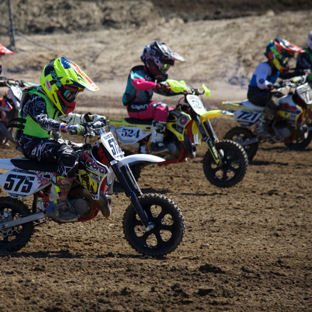 RACE DAY ESSENTIALS FOR THE TRACK: MOTOCROSS