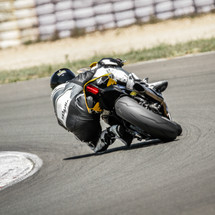 20 RIDING TIPS FROM 20 PRO MOTORCYCLE