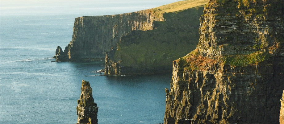 From Dublin to rugged cliffs, you always get Travel Support in Ireland.