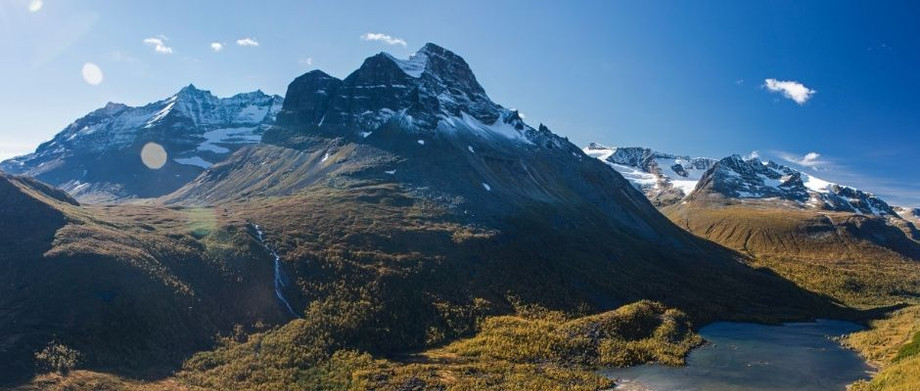 Experience and local knowledge assist stranded travellers in Norway