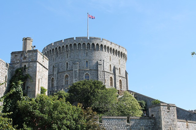 Photo of Windsor Castle round tower housing the Royal Archives in blog post about British Royal Household staff and tradesmen by yourfamilygenealogist.com