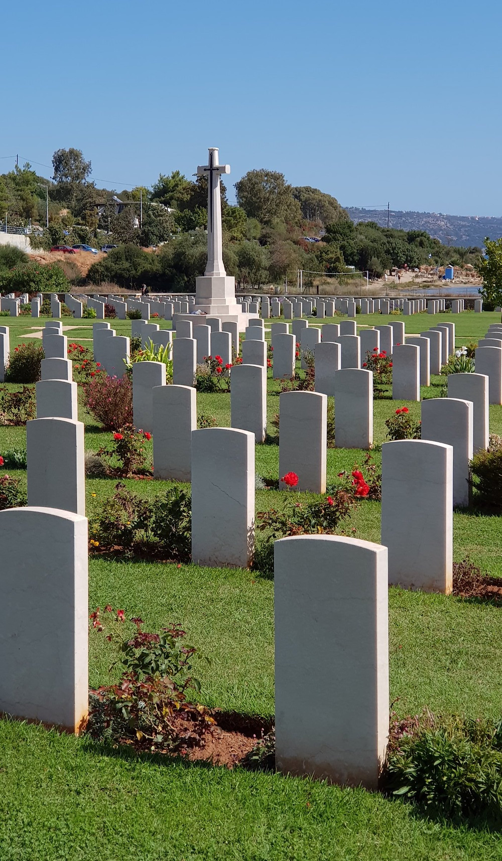 Picture of the Commonwealth Graves Commission Cemetery in Souda Bay, Crete, Greece. courtesy of YourFamilyGenealogist.com