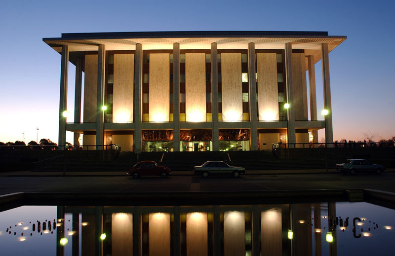 Picture of the Australian Natioanl Library in Canberra. courtesy of the National Library of Australia.