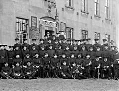 Royal Irish Constabulary photo from the National Library of Ireland
