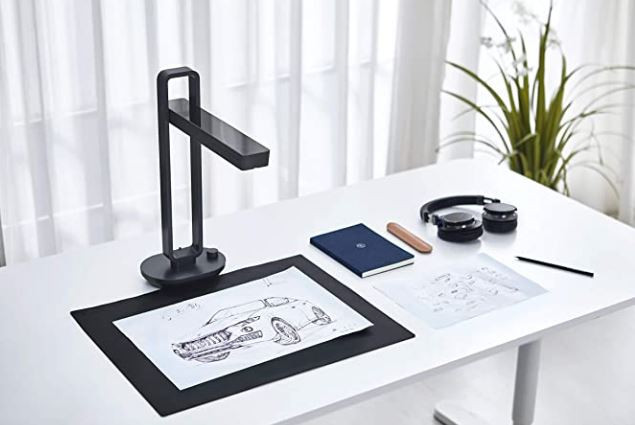 Picture of a CZUR mobile scanner. Picture from amazon.com.au