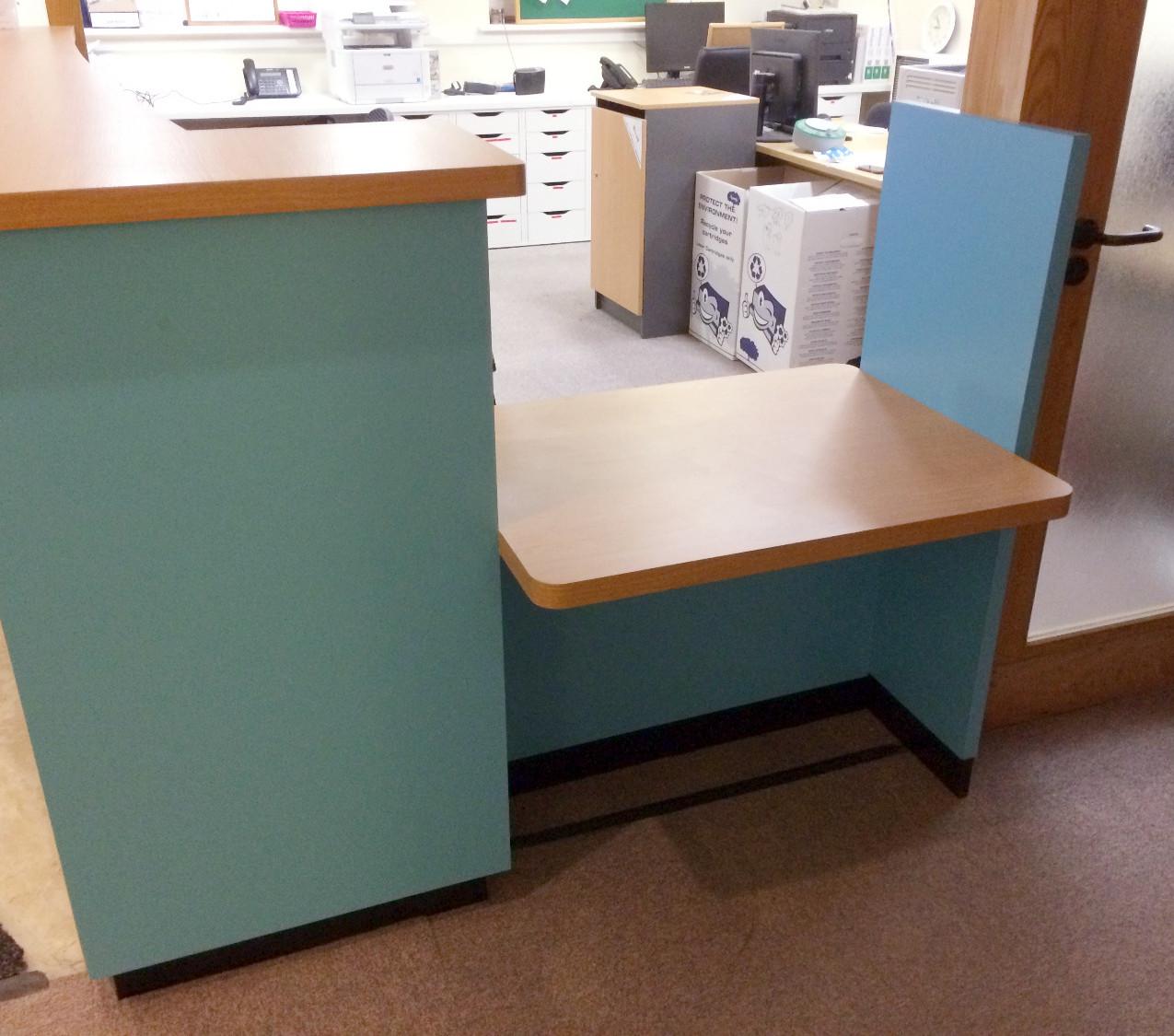 DDA Compliant reception desk