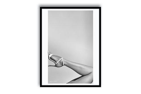 "LEGS ""Sinful"" 100x150 - SKU 116003"