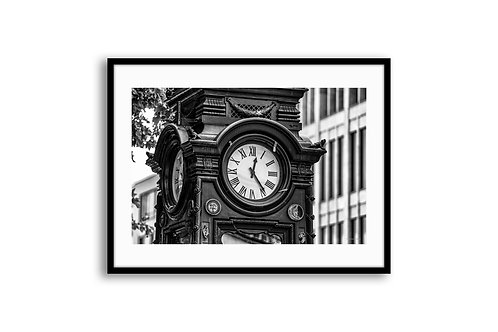"ARCHITECTURE ""City clock in Hanover"" 70x105 SKU98002"