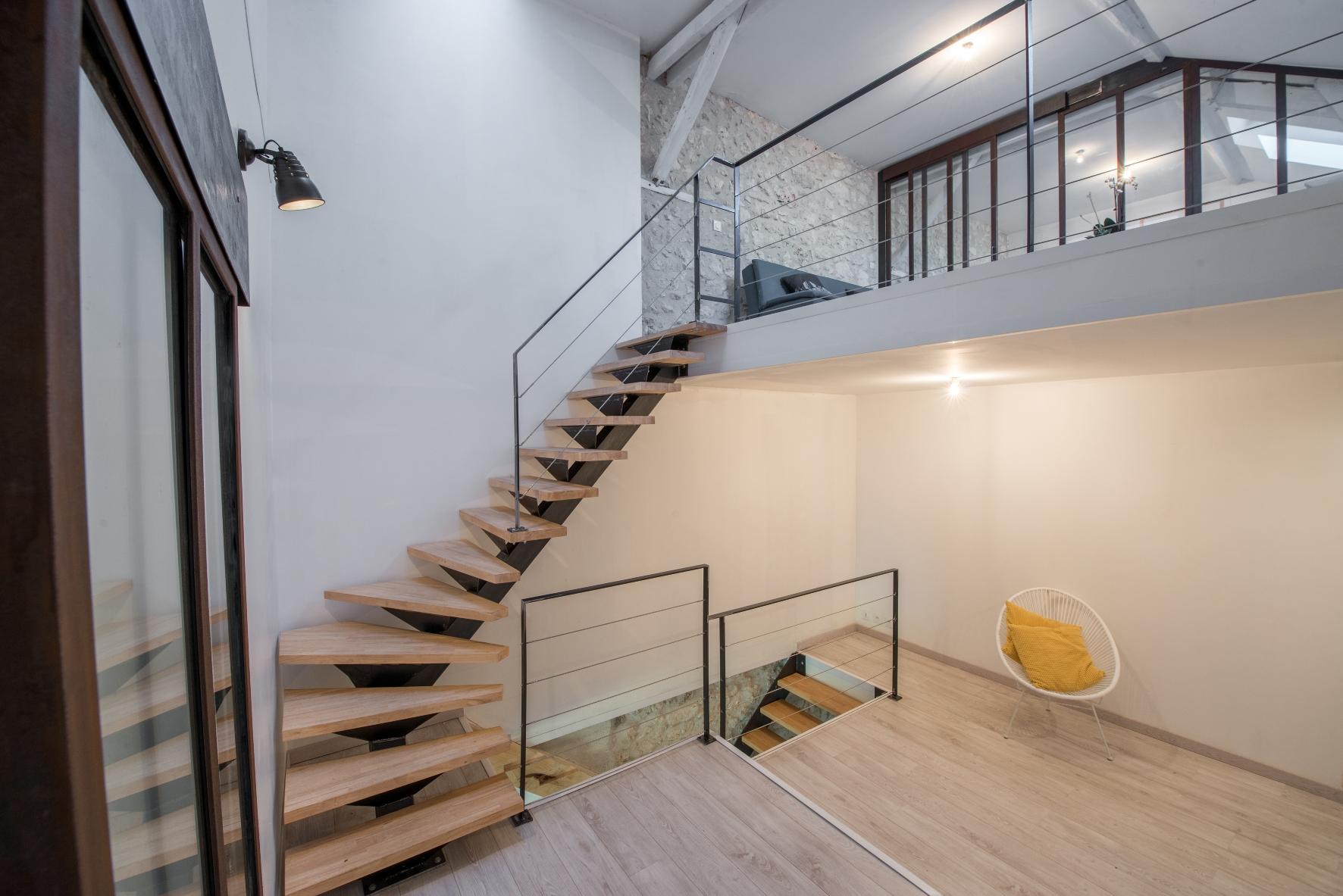 Escalier Jach fer.jpg