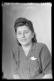 Bohm Hedwig 1944 4.jpg
