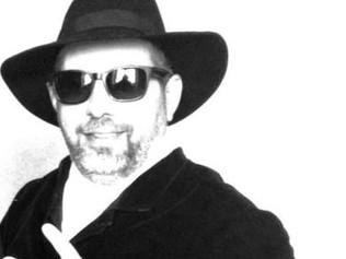 Dr.Mako, un referente del planeta disco en Rumanía, cuna de grandes divas dance.