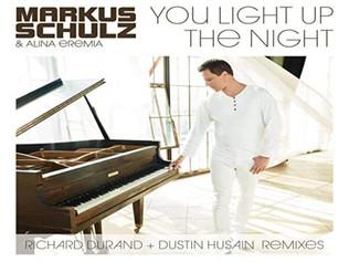 "HITNÚMERO 1: Markus Schulz And Alina Eremia - You Light Up The Night.             ""El Último Al"