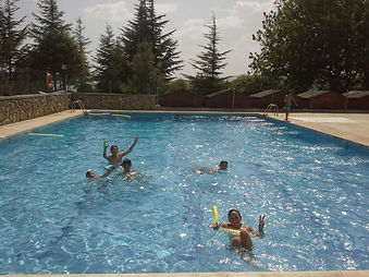 piscina Almorchones.jpg