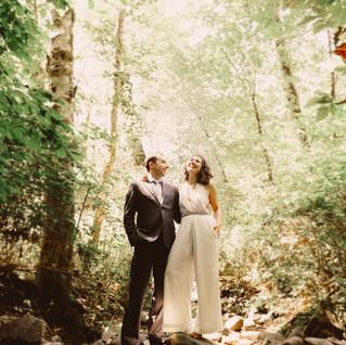 Nell & Noah   Alsea Oregon   The Thyme Garden Wedding