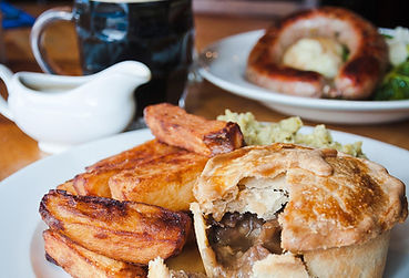 The Broadfield | Pie | Ale | Chips