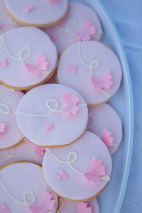 THEMED BAKES : Pink Butterflies