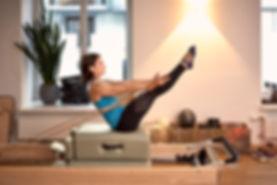 Teaser Refomer - Best Training - Deep muscles - Pilat Creative-Pilates.chs for musicians - Creative-pilates.ch