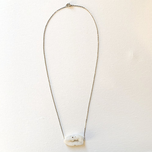 Raw Agate Necklace classic