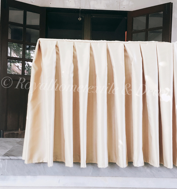 ผ้าปูโต๊ะ/ผ้าคลุมโต๊ะ จับจีบ