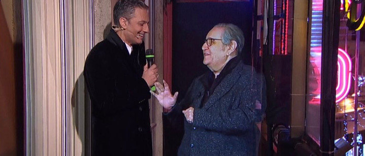Naumachia opens the 71st Sanremo Festival: Mollica returns to the balcony thanks to Holography!