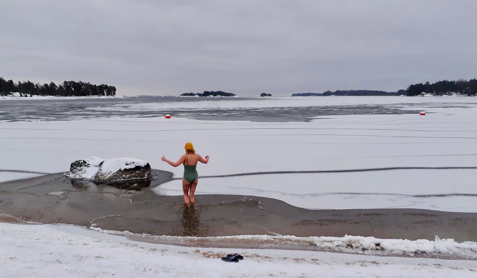 ice-swimming-helsinki.jpeg