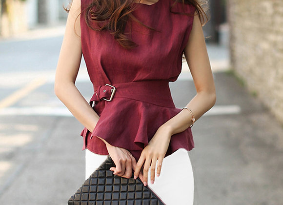 Jen Sleeveless Belted Top In Red