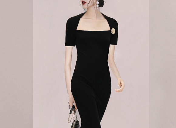 Marie Basic Bodycon Dress In Black