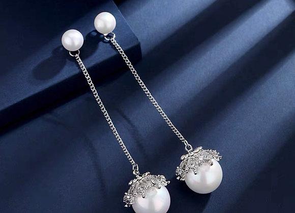 Judah Pearl Earrings