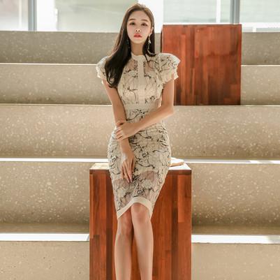 white lacy dress 1.jpg