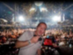 DJ NICO U-PARTY GRUPO MUSICAL VERSÁTIL